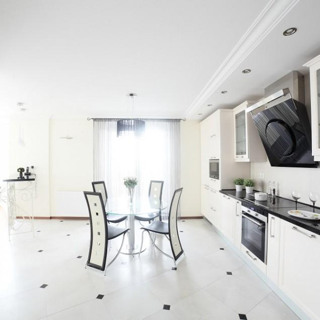 "Modern Kitchen Design Rules: What Is A €�Messy Kitchen"" And Why This Trend For Luxury"