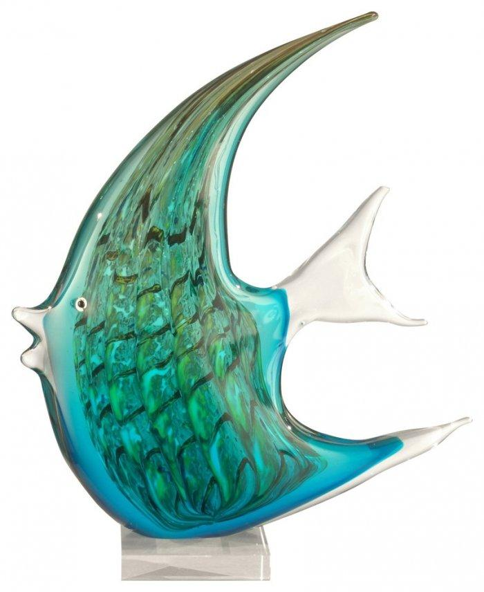 Ocean fish glass figurine - with large fins