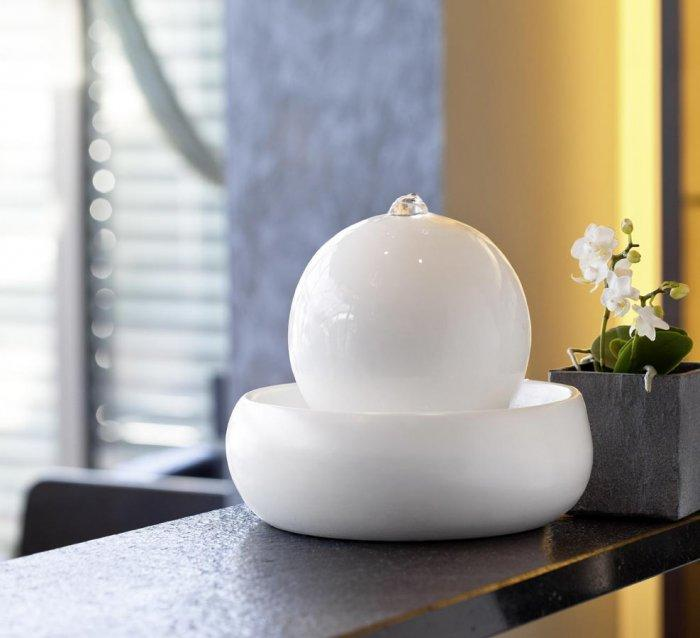 Ball indoor fountain - in white