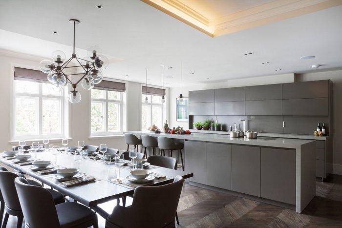 Dark kitchen blinds - in a luxurious apartment