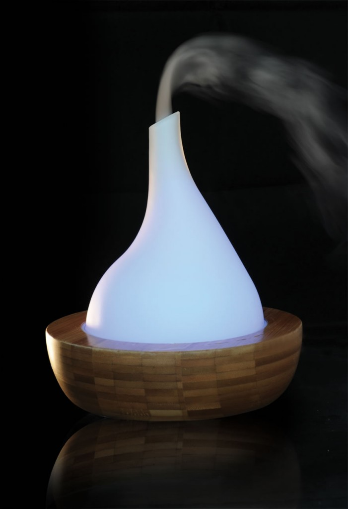 Minimalist indoor fountain - abstract design