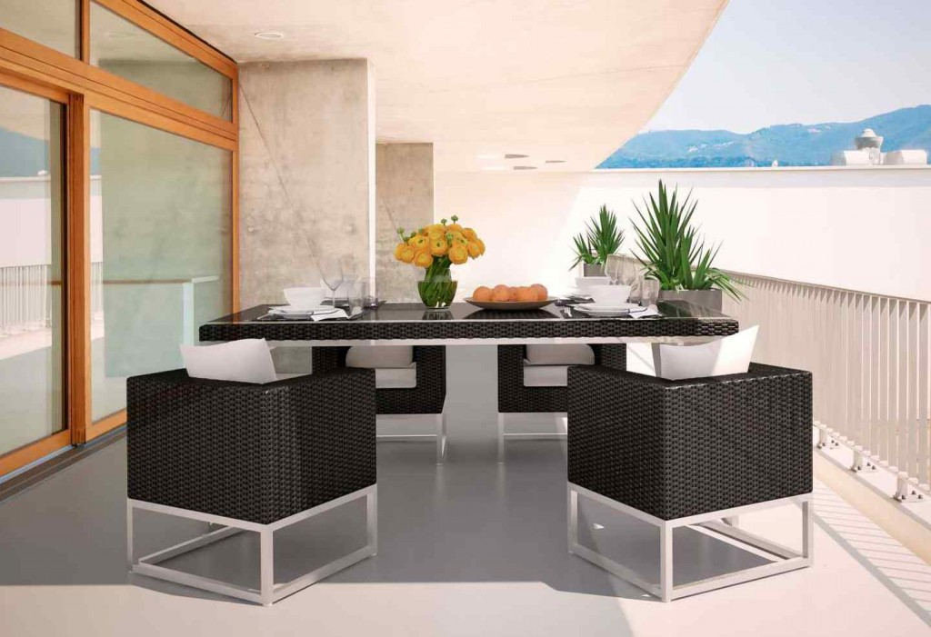 Rattan outdoor dining set - in black