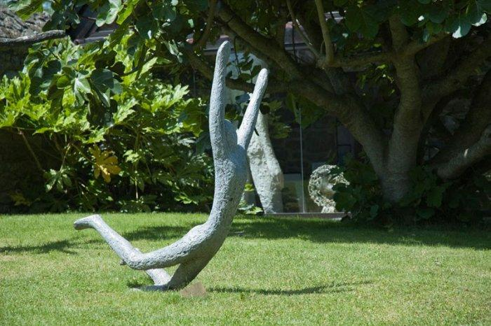 Sport Garden Sculpture   Man