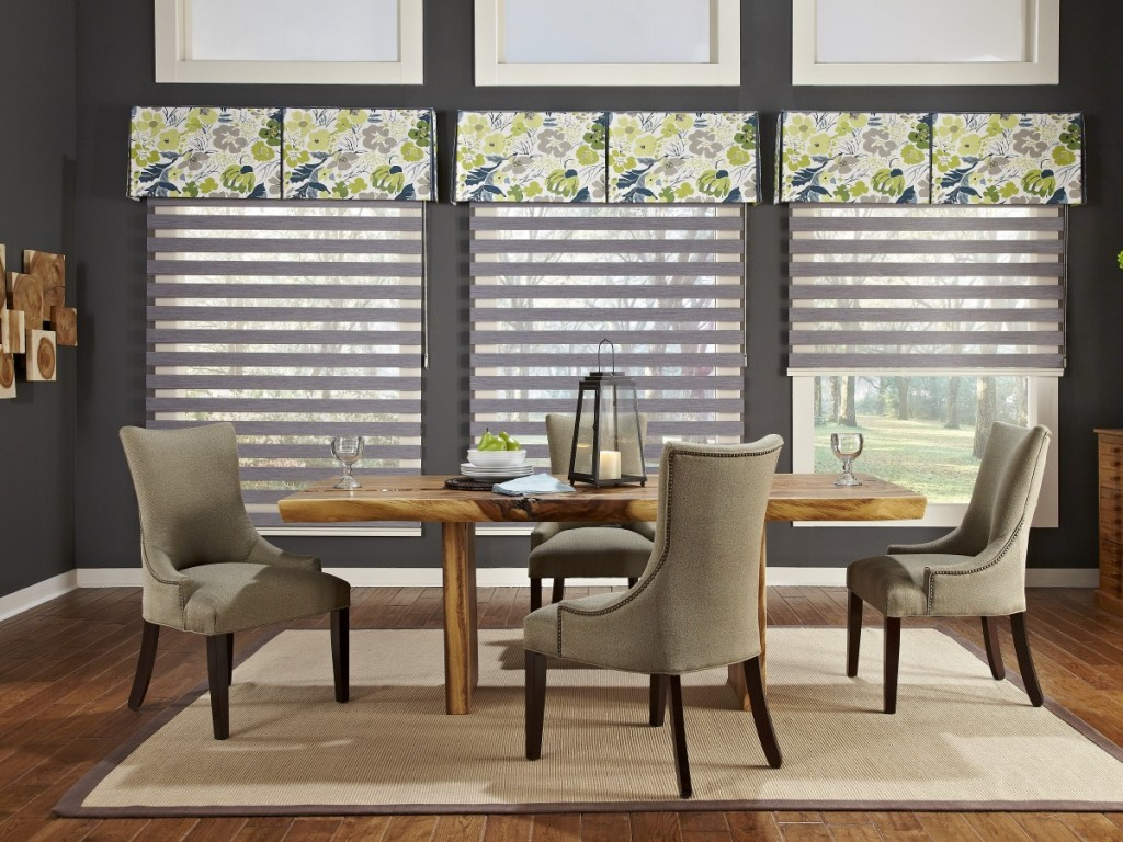 Traditional kitchen blinds - for dining room