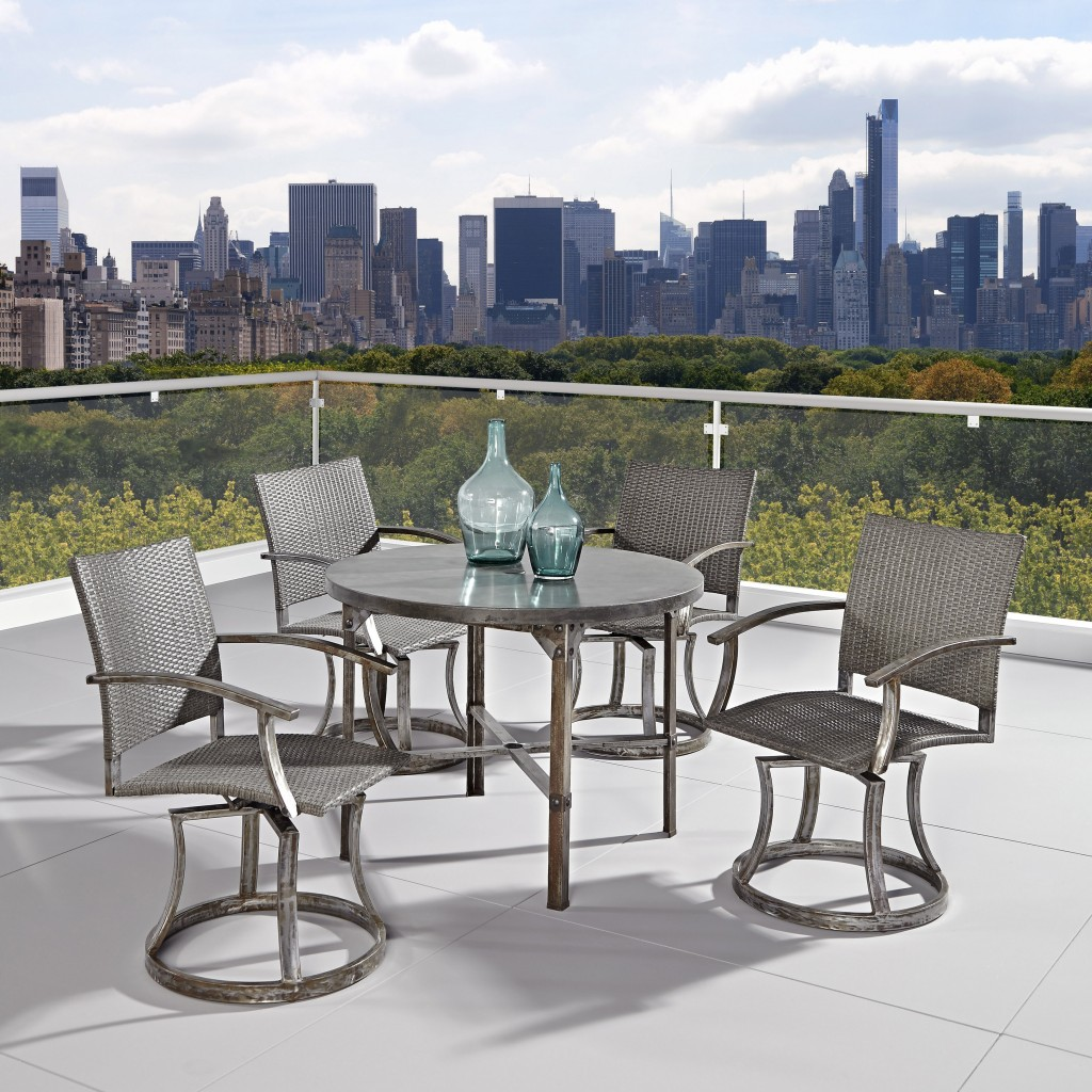 Urban outdoor dining set - on a terrace