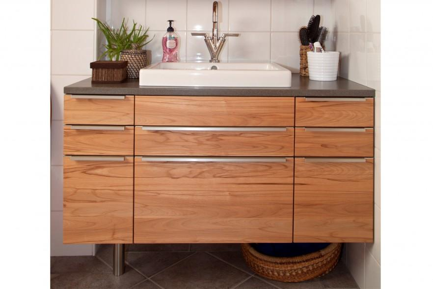 Wooden bathroom vanity - contemporary design