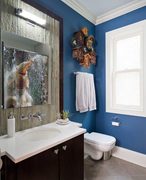 Canvas print - elephant in bathroom