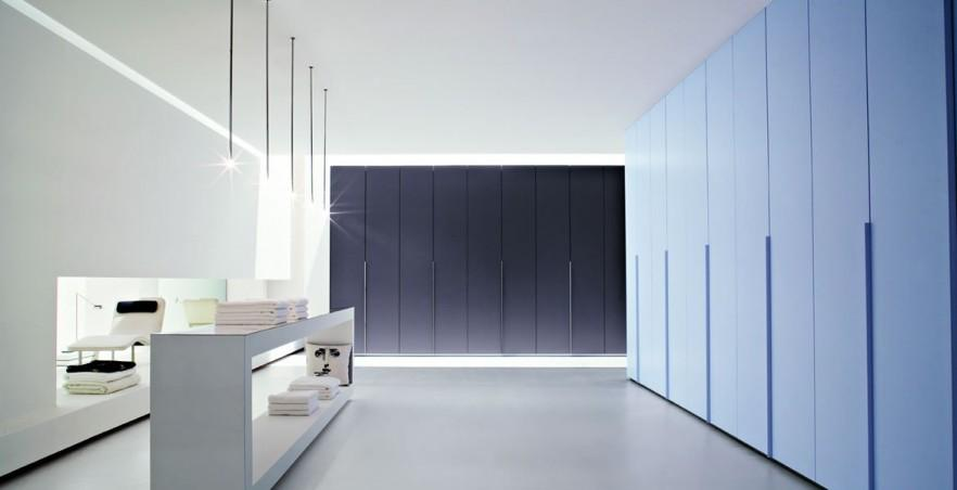 Futurist fitted wardrobe - in a luxurious flat