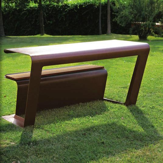 Futurist picnic table - for outdoor use