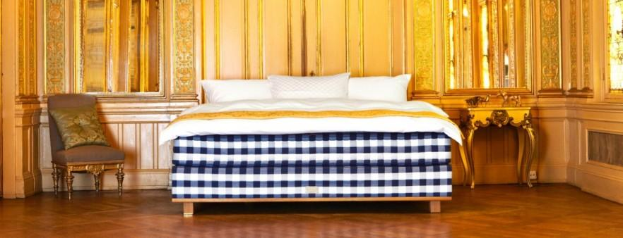 Luxurious adjustable bed - for classic interior