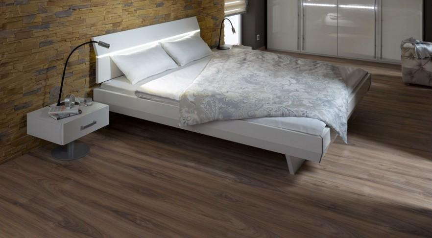 Master bedroom ideas with white bed