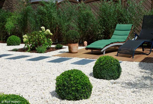 "Minimalist Garden ""green ideas"""