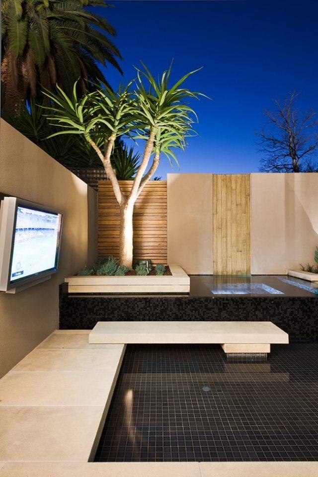 Minimalist Green Garden