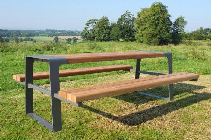 Outdoor Picnic Table   With Modern Design Part 10