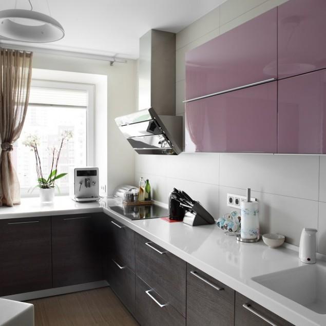 Neon home decor ideas founterior for Kitchen design mistakes