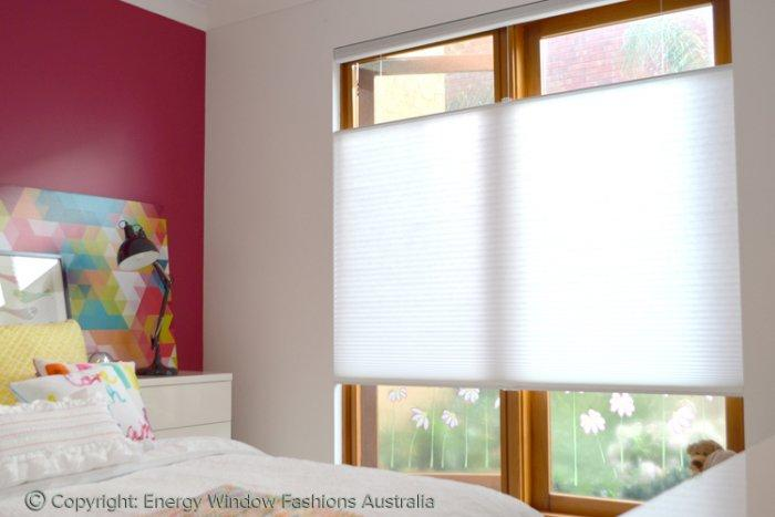 A Guide To Properly Cleaning Honeycomb Blinds2