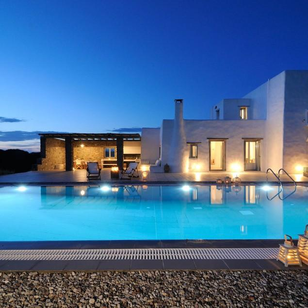Why Should I Choose Natural Stone Wall Cladding And Swimming Pool Coping?