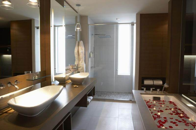 2016 bathroom trends founterior for Y hotel shared bathroom