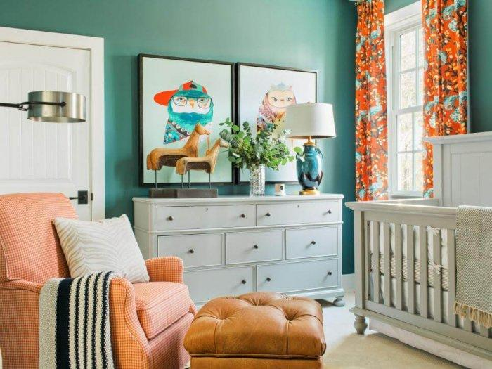 8 Great Ideas for a Nursery Filled with Color and Joy: Bold but contemporary