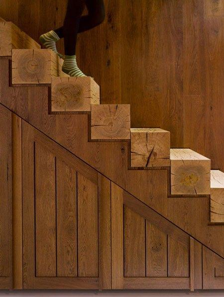 Good To know before building a log cabin: log cabin wood stairs