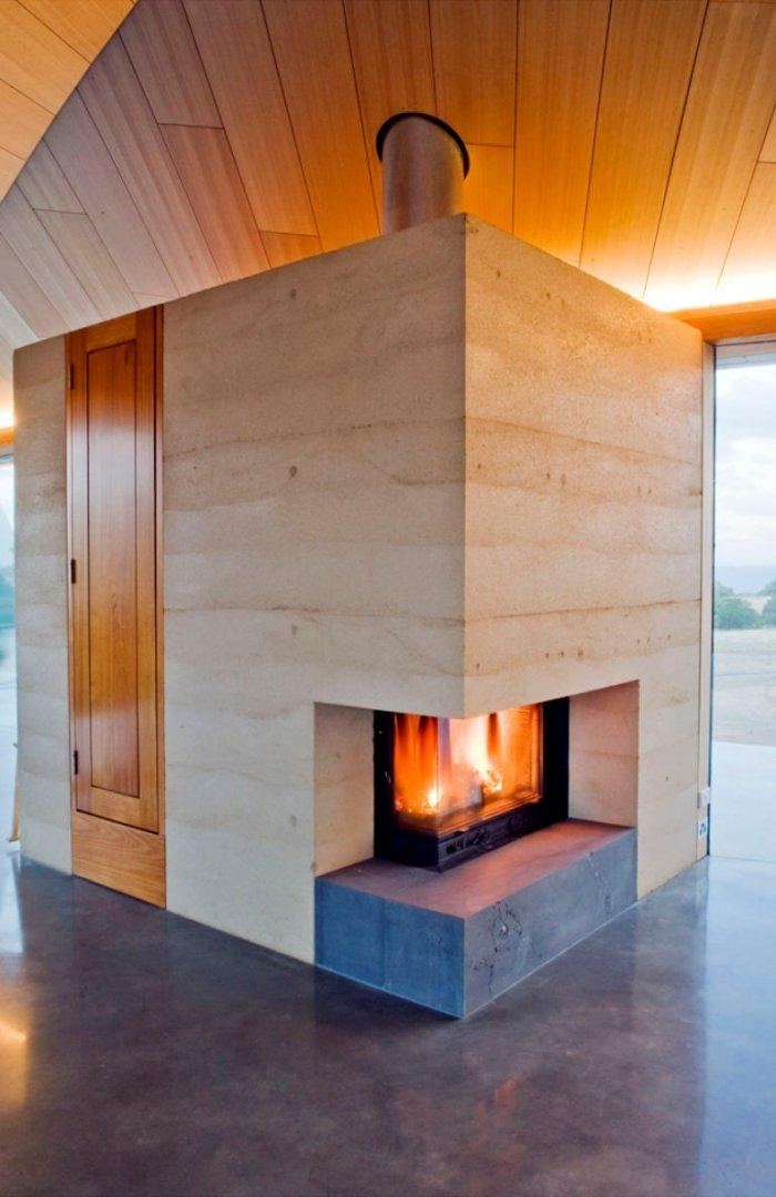 Organic Modern on a Budget: The 5 Tell-tale Features: No artificial materials, clay rammed walls