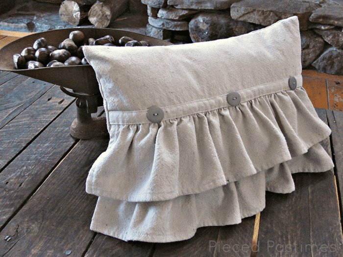 Decorative Pillows - a Perfect Touch To Interior Design: Ruffled pillow