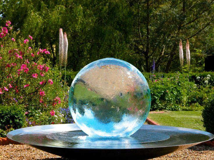 The Art of Designing the Garden of Your Dreams: The Perfect Water Fountain
