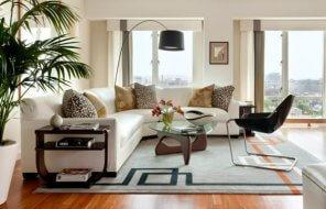 stylish-floor-lamp-the-perfect-way-to-highlight-the-exquisite-noguchi-table-in-the-center-of-the-room