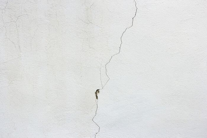 7_Types_of_Building_Cracks_and_How_They_Can_Be_Repaired.jpg