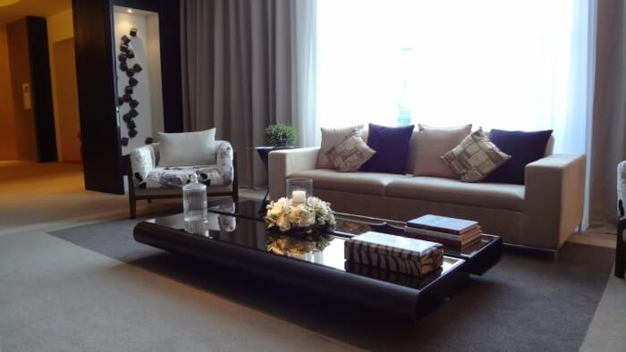 7_Tips_for_Picking_the_Right_Window_Treatments_for_Your_Home.jpeg