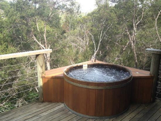 5 Things to Consider When Planning to Buy an Outdoor Spa