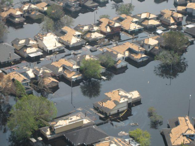 C:\Users\Zedex\Downloads\katrina_aerial31.jpg