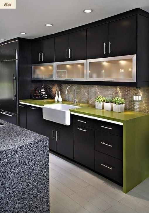 A Combination of Black and Green – A Bit of Funk