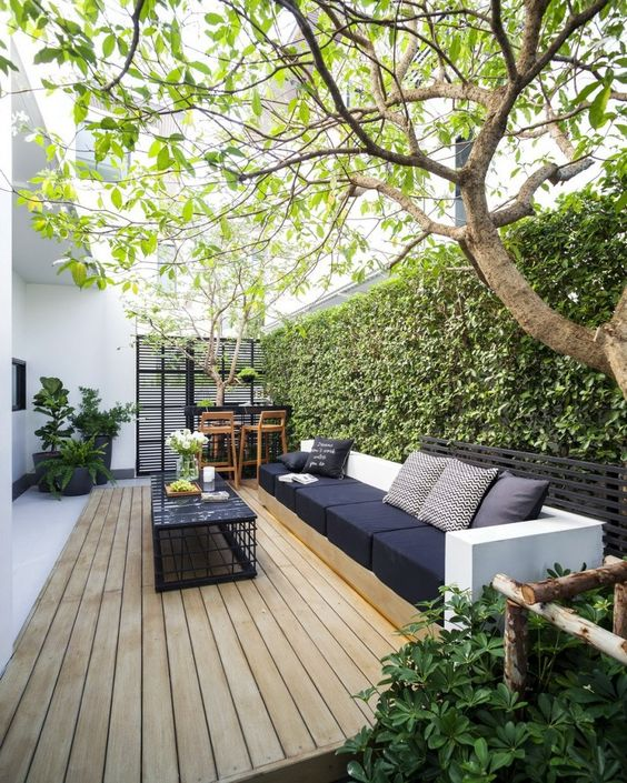 Adding Stylish Seating – Small Garden Design Ideas