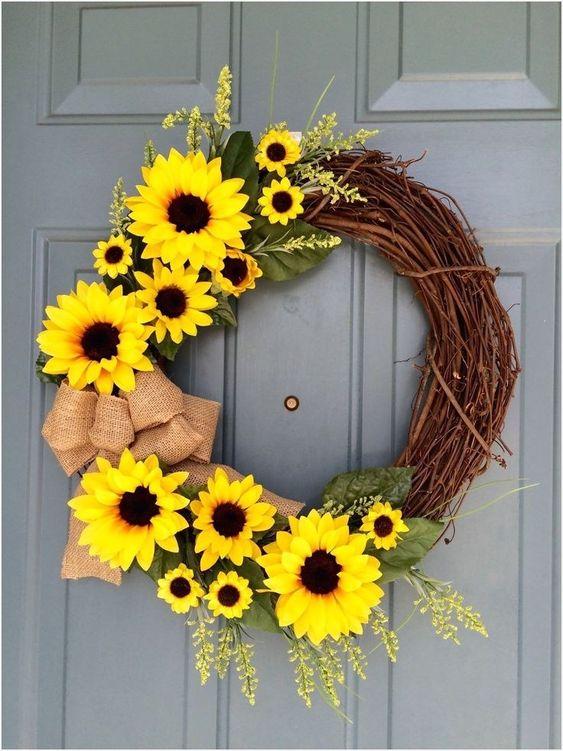 Happy Sunflower Wreath - Summer Decorations