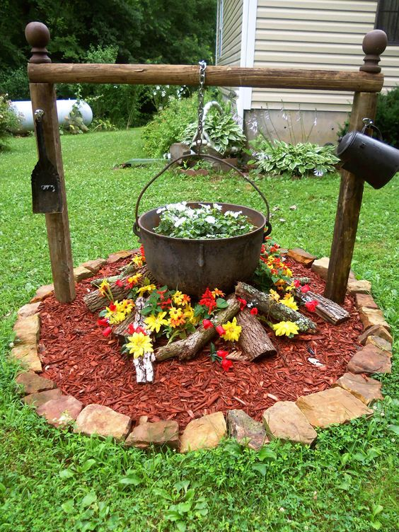 Create a Fire Pit of Flowers – Simple Flower Bed Ideas