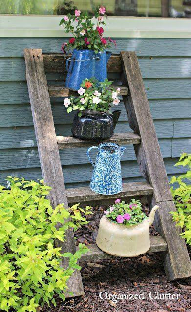 All Sorts of Pots - Cute Garden Bed Ideas