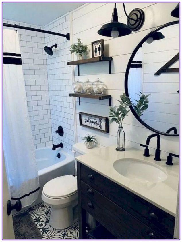 Black and White – Small Bathroom Design Ideas