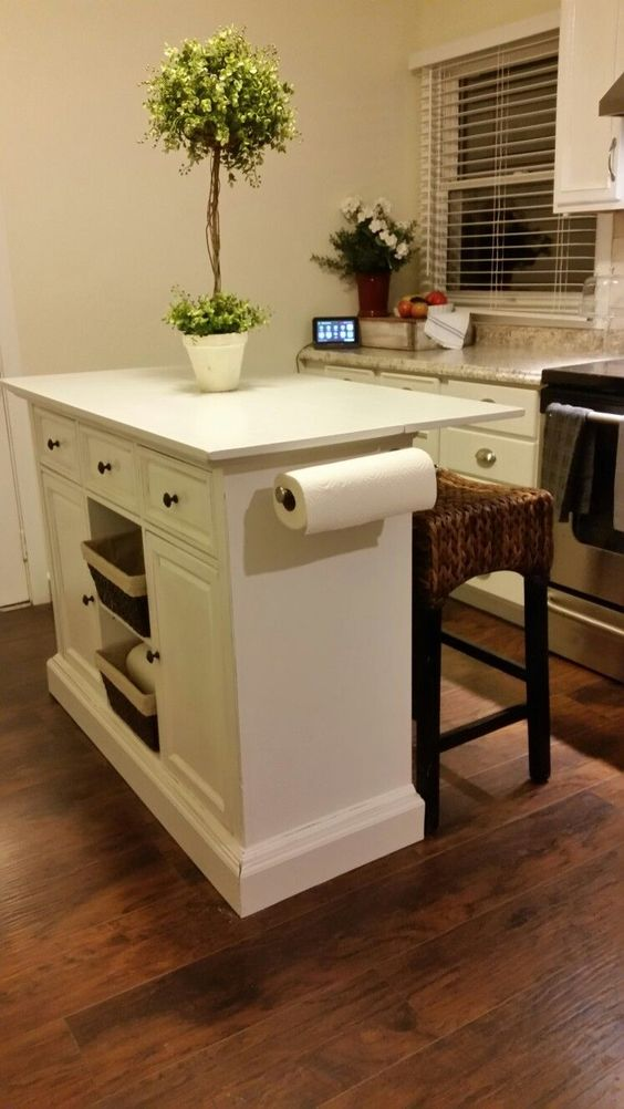 Kitchen Island - Modern Small Kitchen Ideas