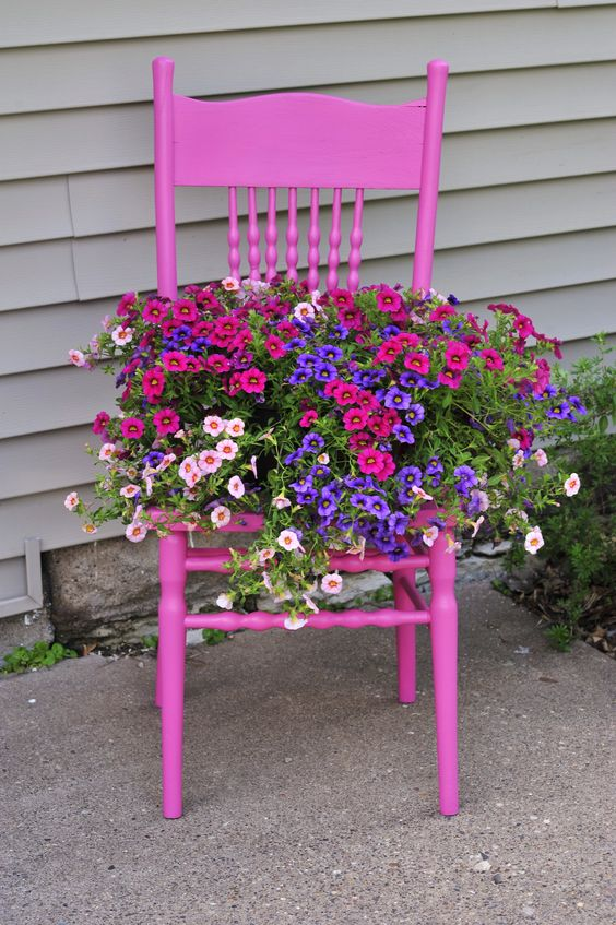 Alternative to a Flower Bed – Fantastic and Funky