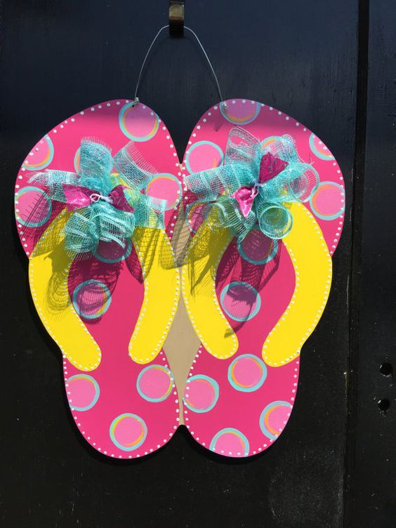 Fabulous Flip Flops - Funny Summer Door Wreaths