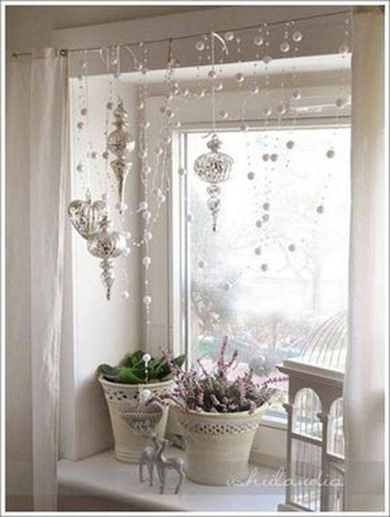 A Snowy Effect - Silver Tree Ornaments