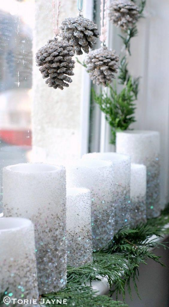 Pinecones and Candles - Christmas Window Decor