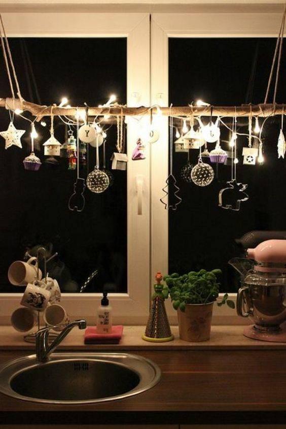 A Selection of Christmas – Christmas Window Decoration Ideas