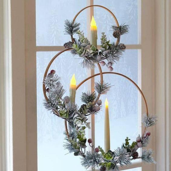 Stylish and Elegant - Christmas Window Decoration Ideas
