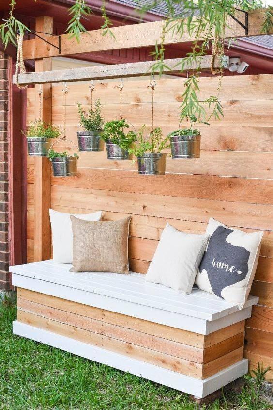 Practical Ideas - DIY Outdoor Wooden Storage Bench