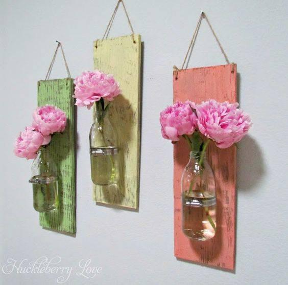 Vases on the Walls - Spring Decorations for Your Home