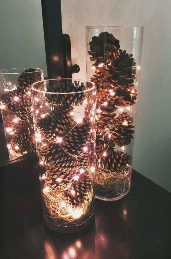Vases of Pinecones – Easy and Innovative