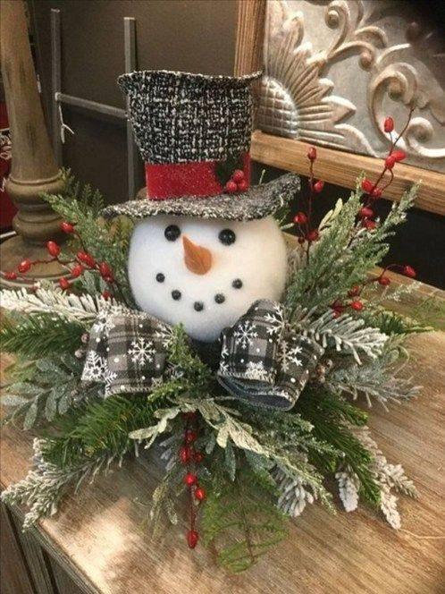 A Cute Snowman - Adorable Christmas Table Centrepieces