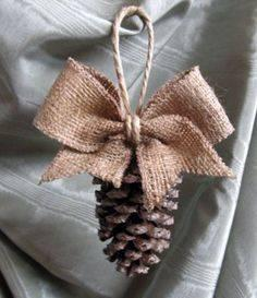 Simplistic and Effortless - DIY Christmas Tree Decorations